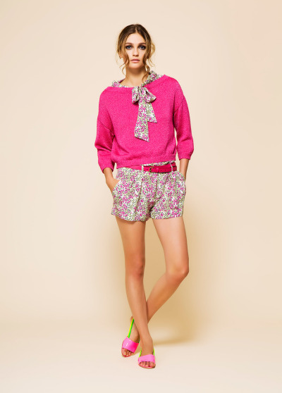 Sweater over jumper!! Moschino Resort 2012.