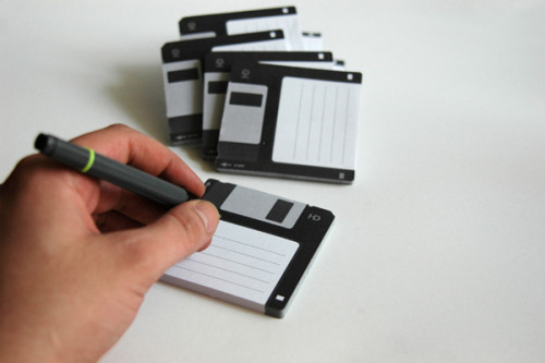Disk-it // sticky notes  Burak Kaynak