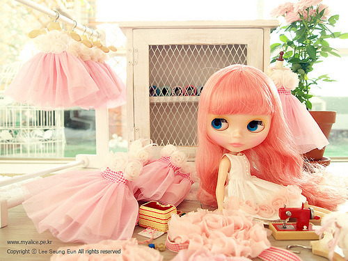 cutepinklove:  sshooter: poplolitalolipop: Ballerina dresses… - Kawaii Junkie on We Heart It. http://weheartit.com/entry/2617640