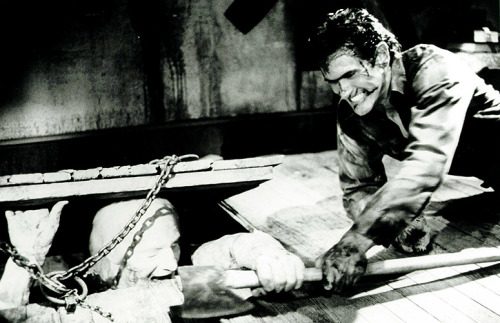 Another awesome Evil Dead 2 Production still, one of my favorites actually!
