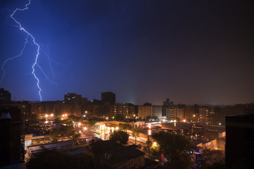 Spuyten Duyvil, NY Lightning by mudpig on Flickr.