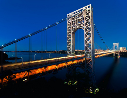 The George Washington Bridge, New York City by mudpig on Flickr.