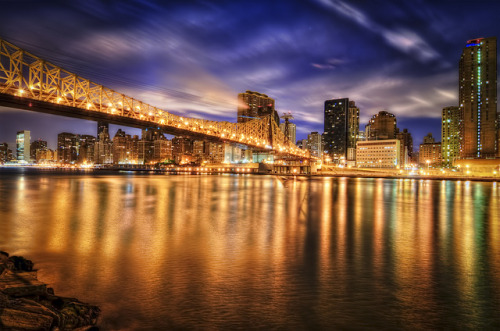 New York City's Ed Koch Bridge by mudpig on Flickr.