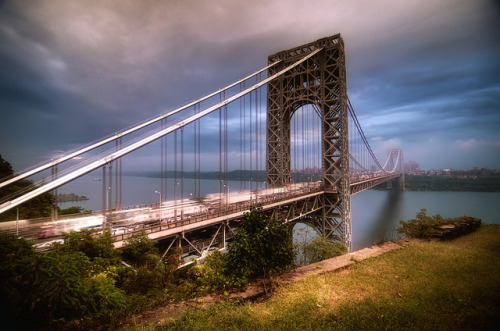 the George Washington Bridge by mudpig on Flickr.