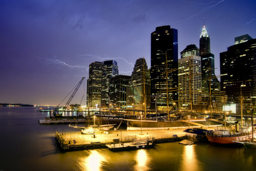 new york city thunder & lightning by mudpig on Flickr.