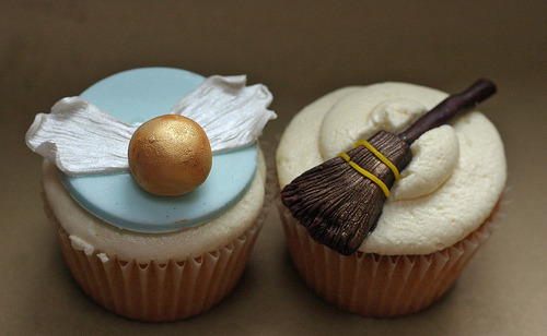 Harry Potter cupcakes!  The frosting looks amazing!