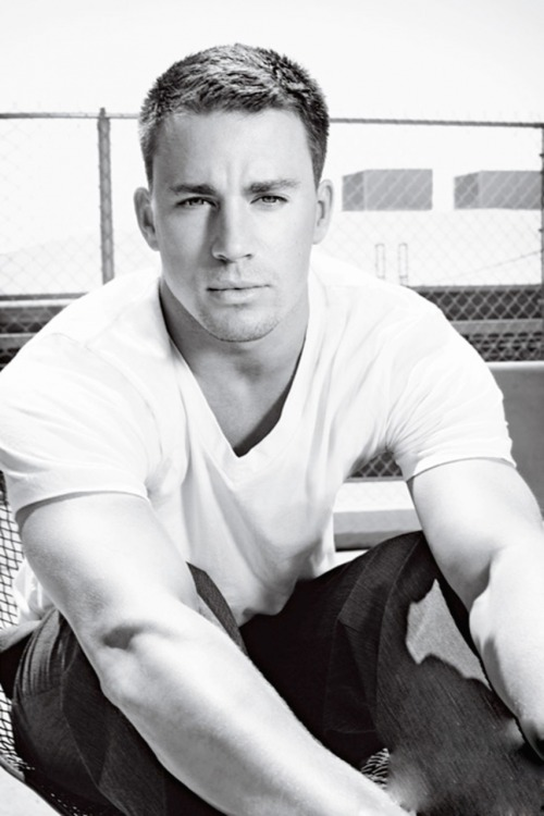 fuckyeahcuteactors:  Channing Tatum  hottest man alive? I might think so. :)