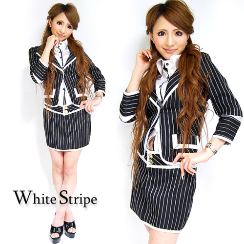 White Stripe - Model: Chiharu