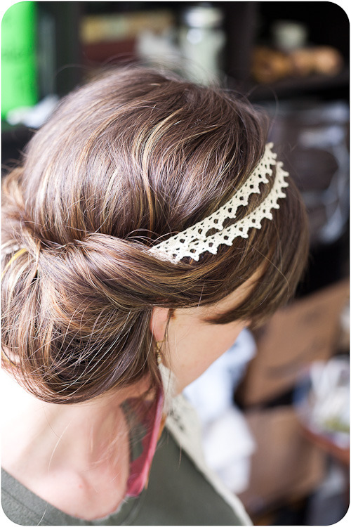 tutorializer:  Simple lace headband tutorial & a cute hairstyle idea. (via McLaughlin Designs · DIY: Double Strand Lace Headband)
