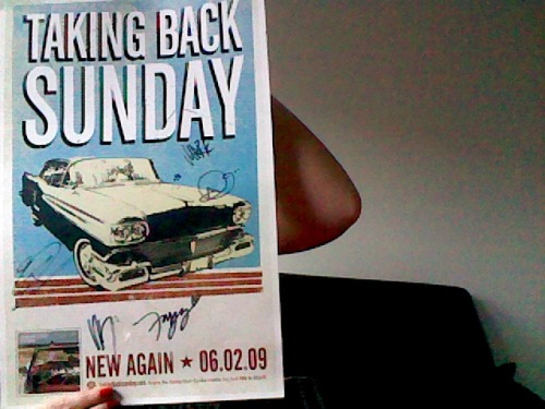 WANT TO WIN A SIGNED TAKING BACK SUNDAY POSTER? Then look no further!For full details of our giveaway go HERE!