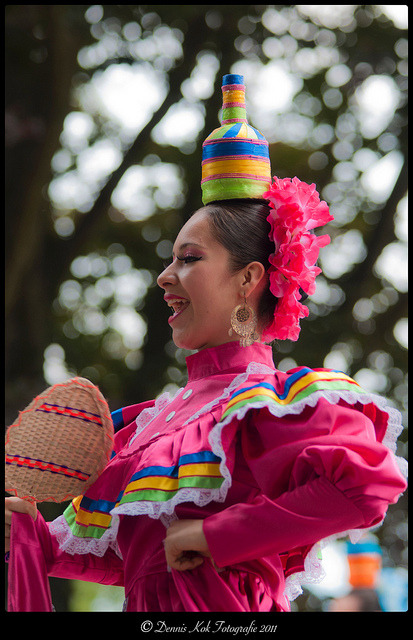 denniskok:  Compania Escolar de danza Folklorica Mexicana on Flickr.