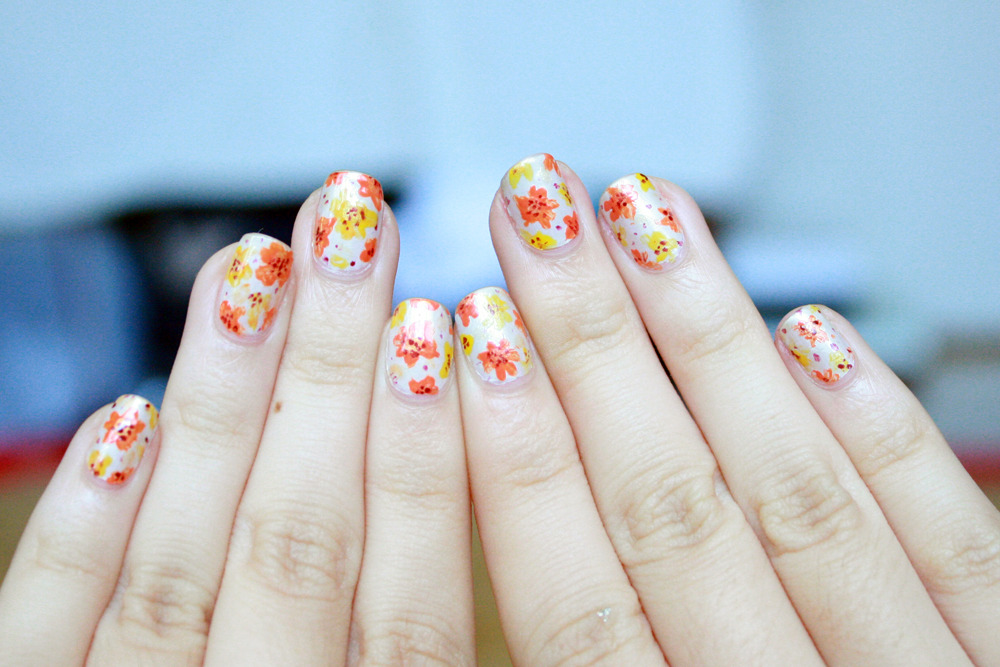 Floral nails! More pictures here. (: