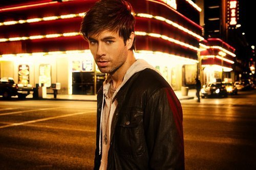 I met this spanish guy in Europe that sorta looked like Enrique Iglesias.  It made my day.