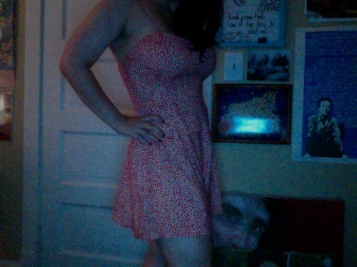 Gotsa new romper-y thing yesterday. Feelz goooood. look at my cool lighting skills.
