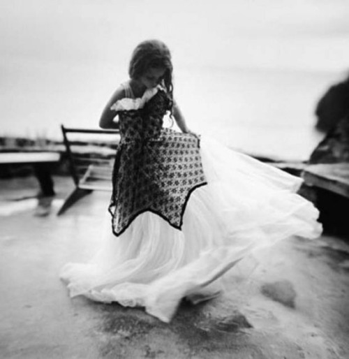 nearlya:  Sally Mann: Dress