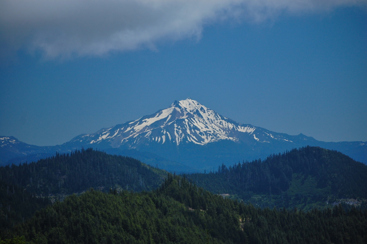 matteswain:  Mount Jefferson seen from Rocky Top.