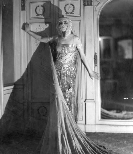 Ida Rubinstein in the 1920s [Ensemble designed by  Erté *]