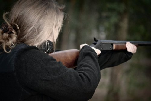 talksouthern2me:  Who says a girl can't shoot?? ;)