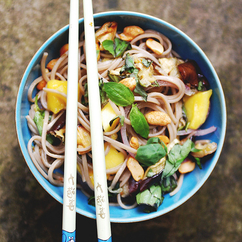 Soba Noodle Salad with Aubergine & Mango (via beaucoup-food)