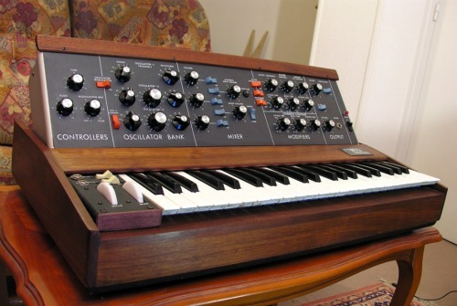 Moog Minimoog Model D Synthesizer (1973)