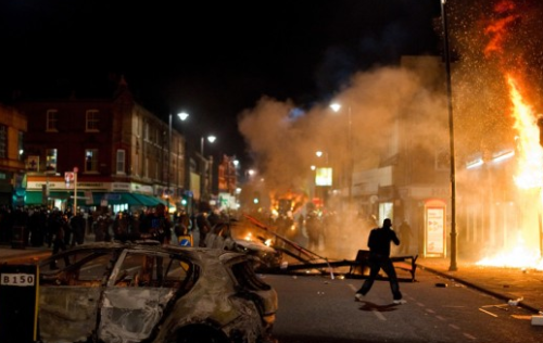 f-e-r-a-l:  this just in: yesterday's riot in London after police murder a man with four children.