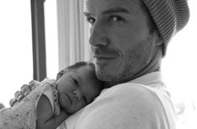 "Look-a-here @victoriabeckham, we all know yo babies-daddy is alllllll that <sterotypical black-girl-neck-roll> and some, but keep playin' and…   l.o.l Victoria a*k*a my ""frenemy"" tweeted the above photo of papa David Beckham and baby, Harper: victoriabeckham Victoria Beckham  I took this beautiful picture and wanted to share it with you, baby Harper cuddling Daddy! x VB http://yfrog.com/gza0n10j Awwww, my imaginary uterus can't take it!  @homotidbits"