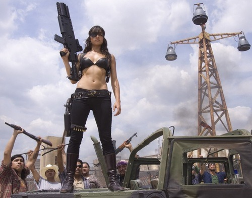 Hi, my name is Kat and I like big guns and hot women.
