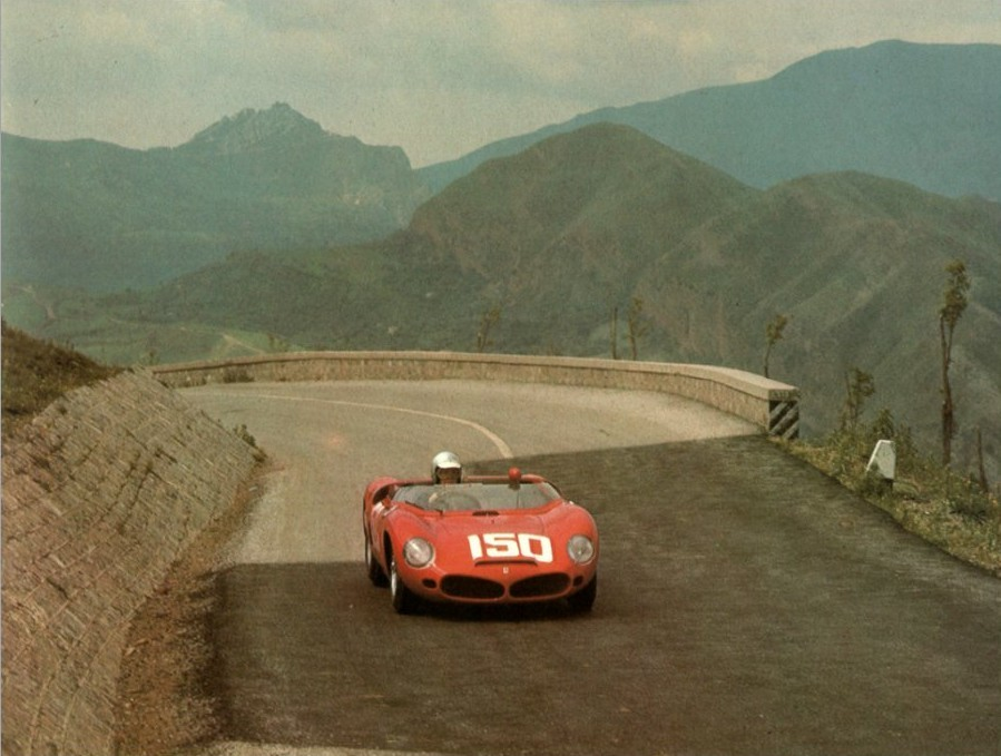 goodoldvalves:  Phil Hill, Targa Florio, 1962. Ferrari Dino 268SP.