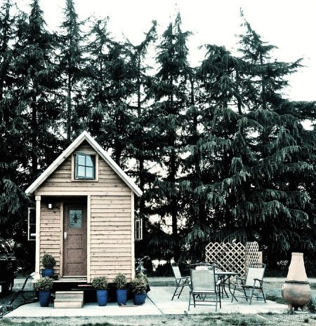 mollyfamous:  wilddirt:    Why Isn't It Easier to Build Small Houses?