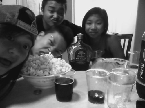 August 5th, 2011 At around 12am, Warren, my sister, Tony, Tin & Royale waited for my bro to come home from Vegas! When he came back he told us what he did and eerthang. Then we took shots of crown and ended up crashing at 6am. I woke up early and got ready for night market. We all went to the Basinang's house at around 6 then left to the night market at 7. teamIM performed at around 9, that turned out great :) I met up with Tuley & Sofie after and we all went home. So yeah, funfunfun day :D