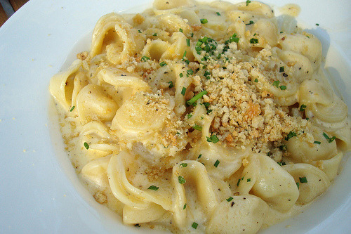 cravingsforfood:  Macaroni and cheese.