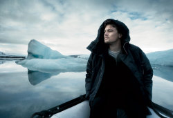 Leonardo DiCaprio at the Jökulsárlón glacier lagoon in southeast Iceland. Photograph by Annie Leibovitz for Vanity Fair, May 2007.