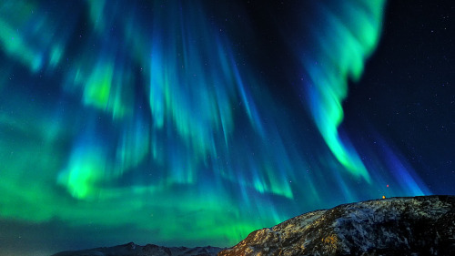 lori-rocks: Northern Lights - Space Dance  by Dionys Moser