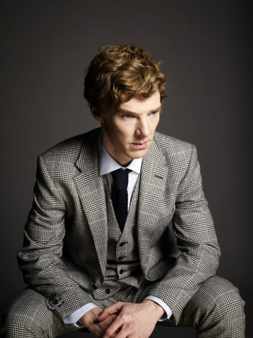 Day 11: What actor would you love to see guest star on Doctor Who? I want Benedict Cumberbatch to play the Master. Wait, I don't think I made myself clear enough. I have an actual, physical need to see Benedict Cumberbatch as the Master facing the Eleventh Doctor. Not the crazy, raving Master played by John Simm (although he was absolutely brilliant), but the elegant, intellectual, and self-possessed Master of Classic Who. With his commanding presence, deep voice, and other-worldly beauty I really think that Benedict would be the perfect choice to bring the Master back to his old form. And as the finishing touch he would of course have to be ginger. It would piss off the Doctor to no end.