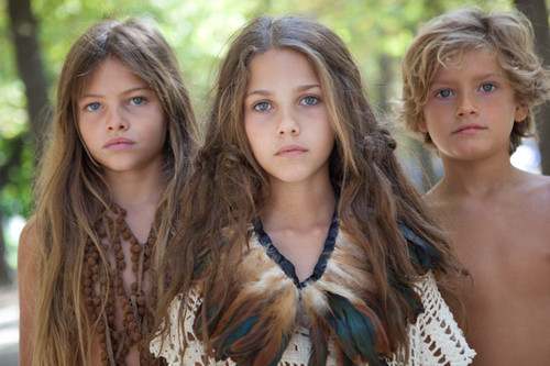 fuckyeahippies:  Hippie children are the mooossssttt beautifull <3
