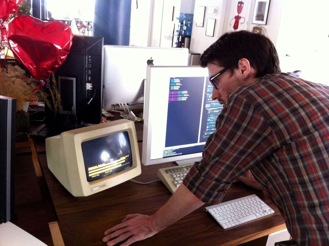 buzz:   Justin is now using a vintage DEC VT220 serial terminal as an outboard terminal window for his Mac. Respect.   What an awesome nerd.