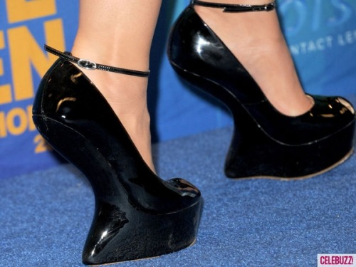 Guess the Teen Choice Awards starlet behind these crazy kicks! Click here to find out!