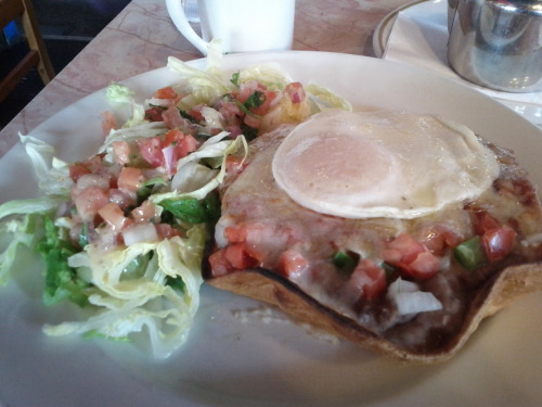 Brunch at Sneaky Dee's: the traditional Mexican breakfast