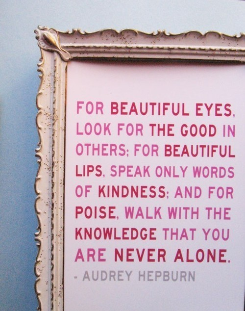 justbesplendid:  beautiful..kindness..
