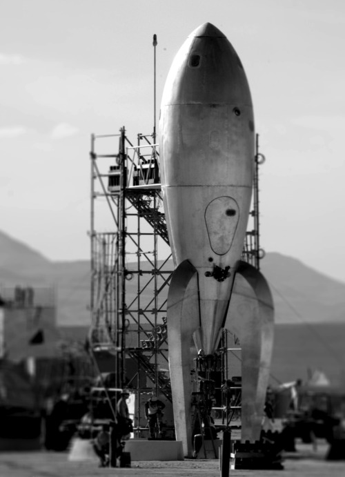 Raygun Gothic Rocket Ship by Gina Garbero 'Going by the backdrop, I'm going to guess that this is from its installation at Burning Man rather than the San Francisco seafront.'