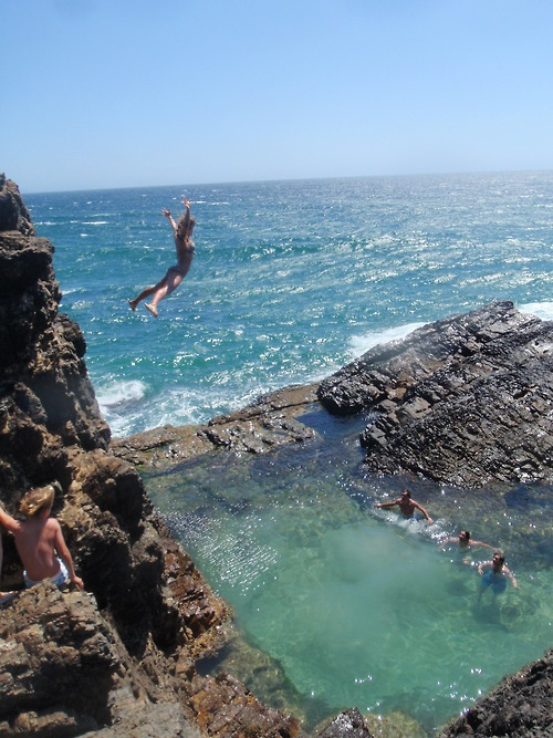 mangowater:  f-launt:  that water looks shallow this girl is gonna hurt herself  splash crash ouch i want to do this now