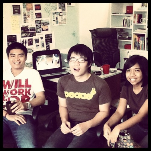 robcham:  twistedfork:  The Amazing Youngins were in the studio earlier. :) Thanks for dropping by Rob, Kasey & Totep.  Visited and hung out with friends at Plus63 today! Woohoo  today was crazy fun! :D