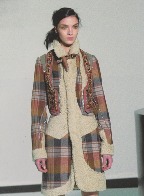 Mariacarla Boscono at Hussein Chalayan Fall 2003