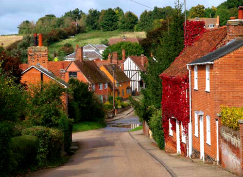 enchantedengland:     Pretty houses all in a row. Brett Vale, in Ipswich, county Suffolk; in the East Anglia area of England.    **image by Barry Cross**