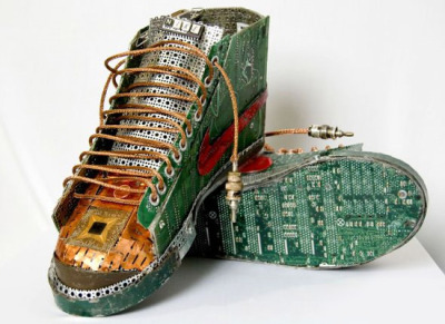 Footwear for the Fashionable Journo Geek: The Nike Circuit Board.