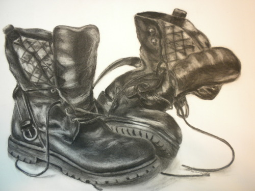 eatsleepdraw:  Charcoal drawing