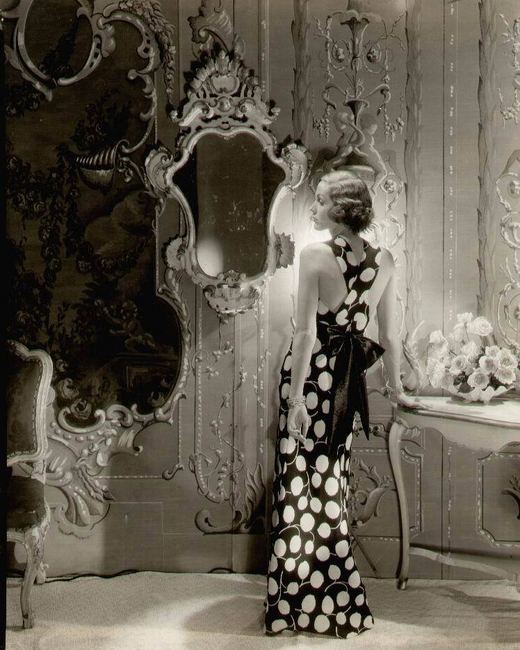 Untitled (c. 1930). Cecil Beaton. (Source)