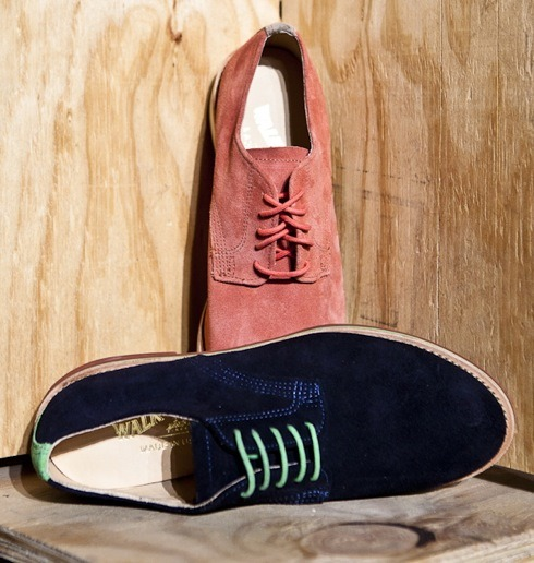 onemanshoe:  Navy and Green Walk-Overs. Luscious. via the GQ blog.