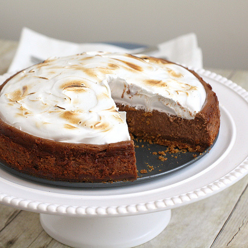 foodopia:  smores cheesecake: recipe here  YUM~