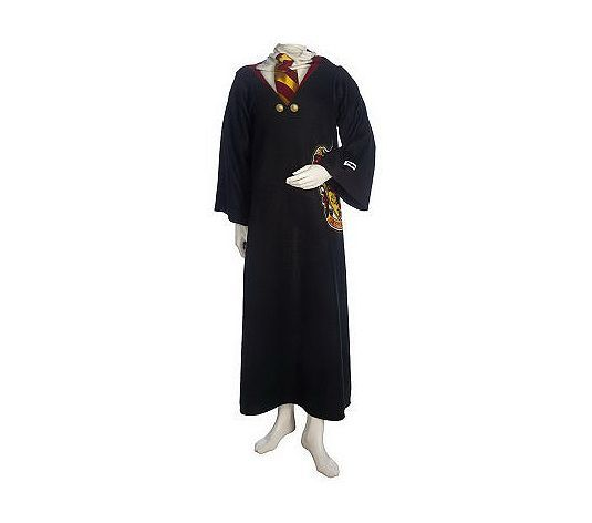 lucaluca:  THIS IS A HOGWARTS STUDENT SNUGGIE.  Sweet jesus.